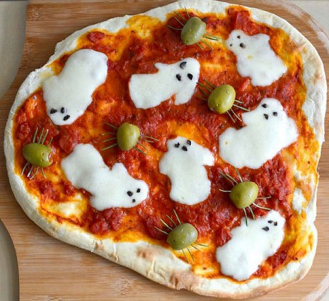 halloween pizza de fantasmas y arañas