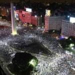 Imágenes de festejos de los hinchas de fútbol en todo el país: River- Boca