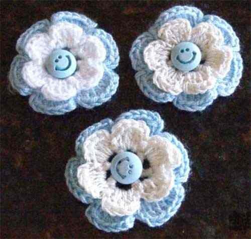 escarapela-argentina-artesanal-al-crochet-con-prendedor-4131-MLA2668272870_052012-O
