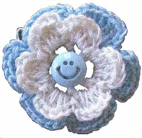 escarapela-argentina-artesanal-al-crochet-con-prendedor-4146-MLA2668275207_052012-O